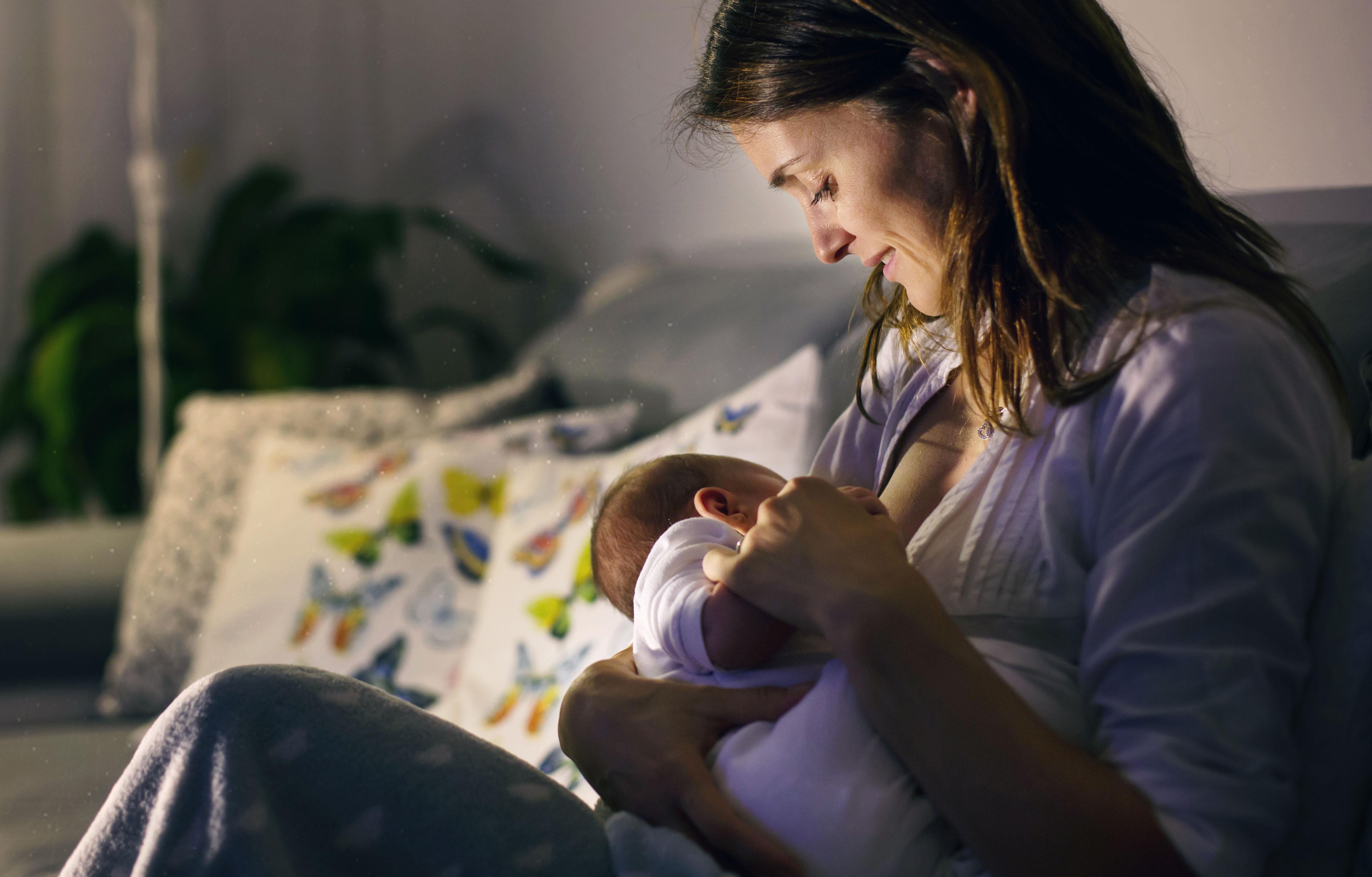 स्तनपान: सुदृढ आयुष्याचा पाया